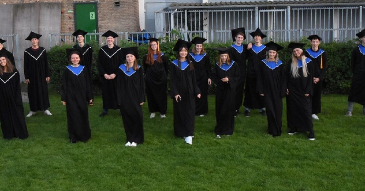 foto IB-diploma uitreiking