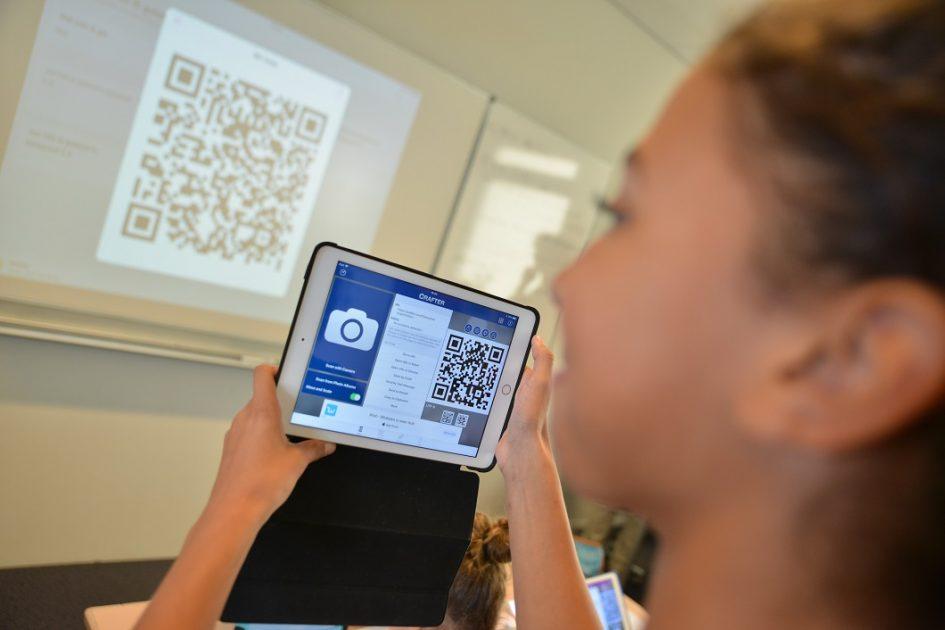 QR code scannen van het bord