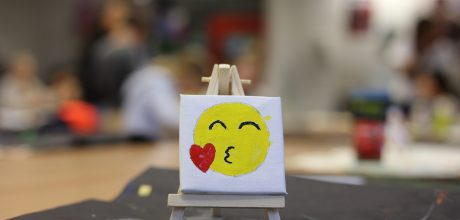 emoji geschilderd